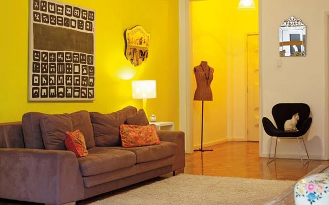 parede-amarela-sala