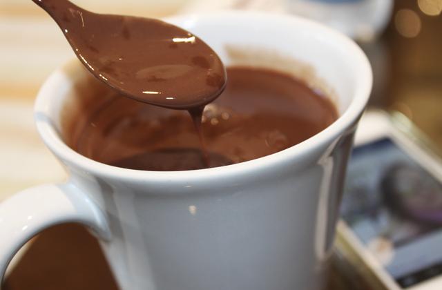 chocolate-quente-casa-da-velha-bruxa