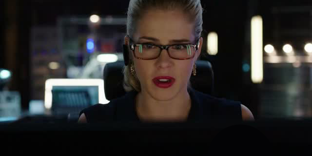 red-lipstick-felicity